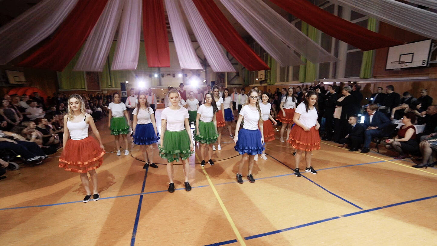 Gymnázium Tanvald (8.V a 4.R, 2019)